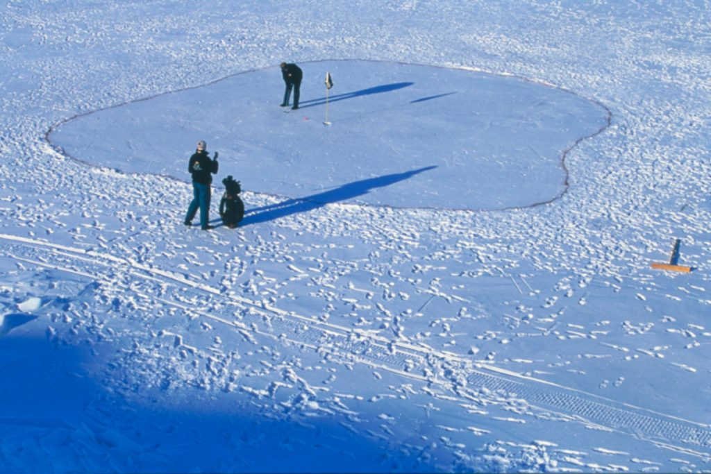 Ice Golf – Greenland